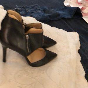 """Jessica Simpson 4"""" black heels worn once"""